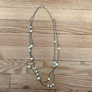 Jewelry - Fake pearl long silver necklace